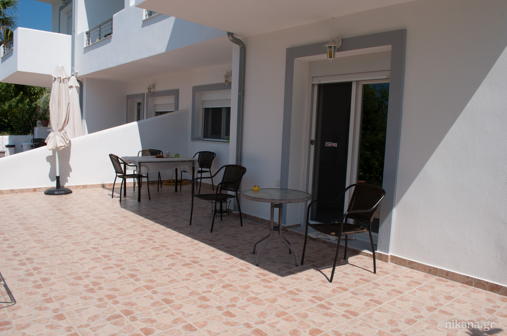 galini apartments 4 bed apartment ground floor astris thassos  (10)