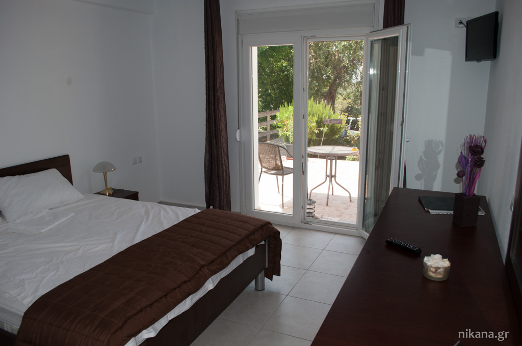 galini apartments 4 bed apartment ground floor astris thassos  (6)