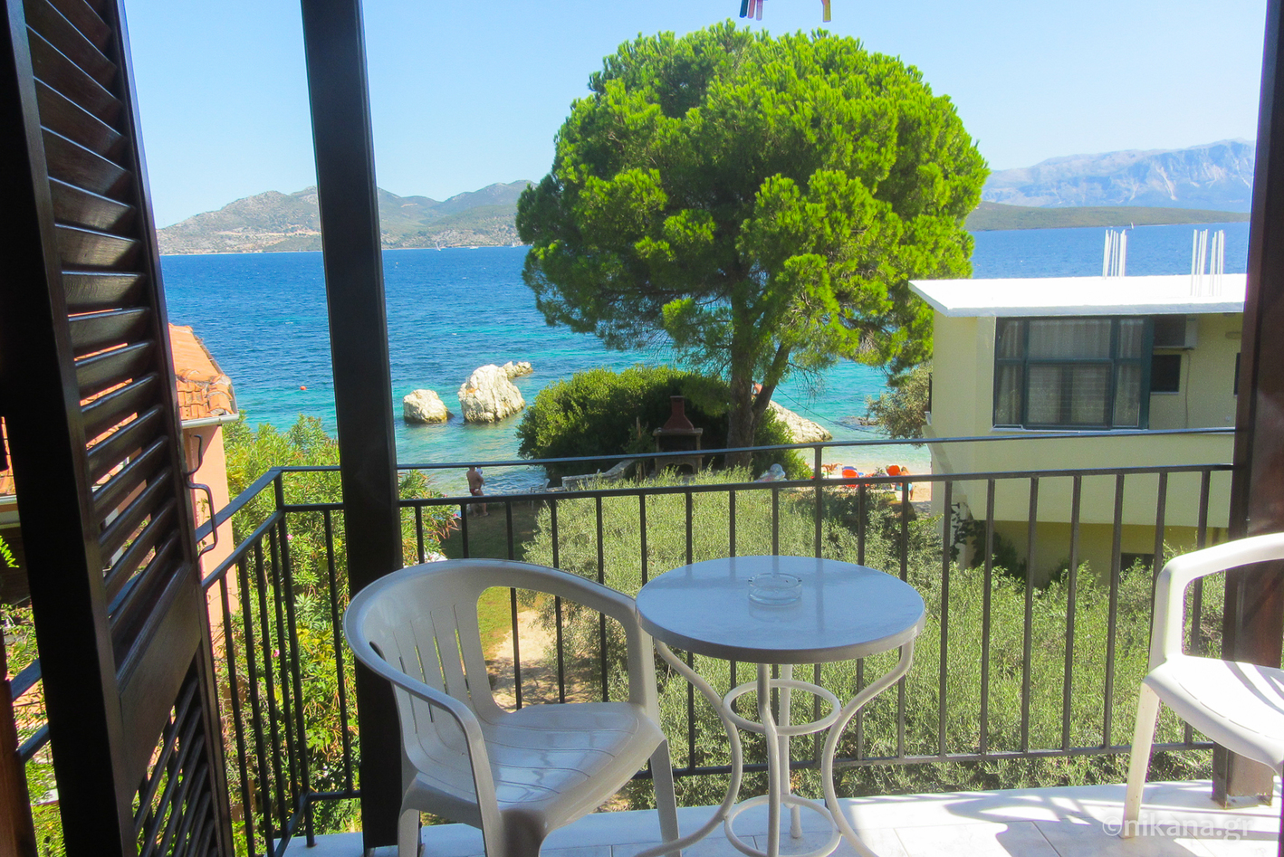 daniel beach studios 3 bed studio first floor nikiana lefkada 1