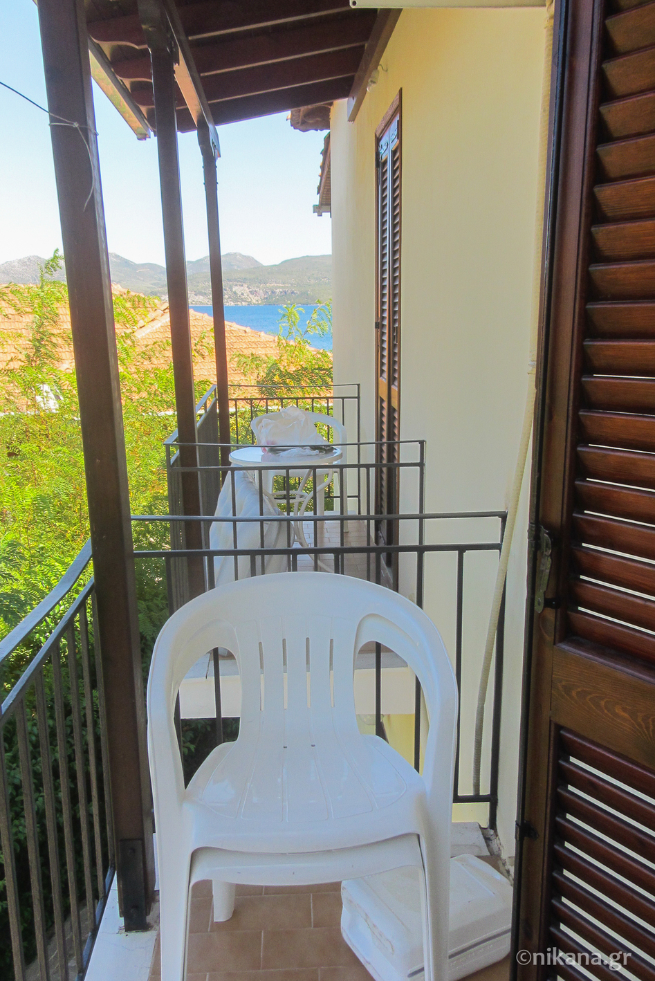 daniel beach studios 3+1 bed studio first floor nikiana lefkada 1