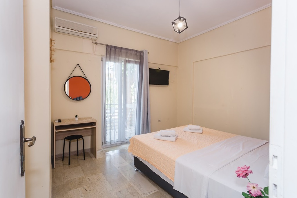 ionian paradise studios and apartments nidri lefkada 4 bed apartment 5