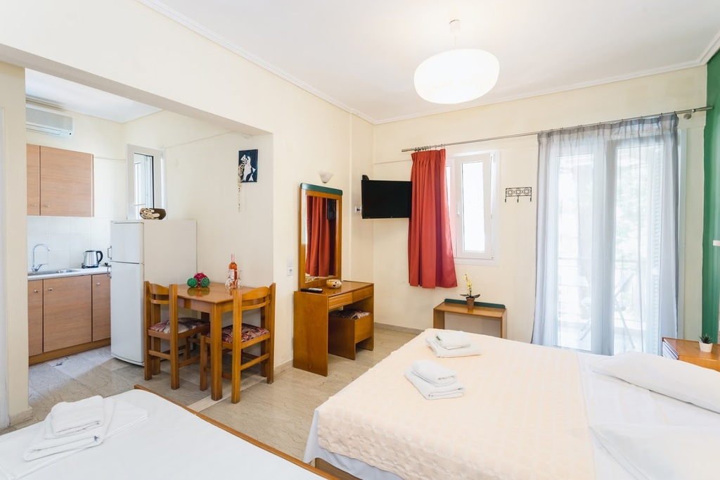 ionian paradise studios and apartments nidri lefkada 4 bed studio 6