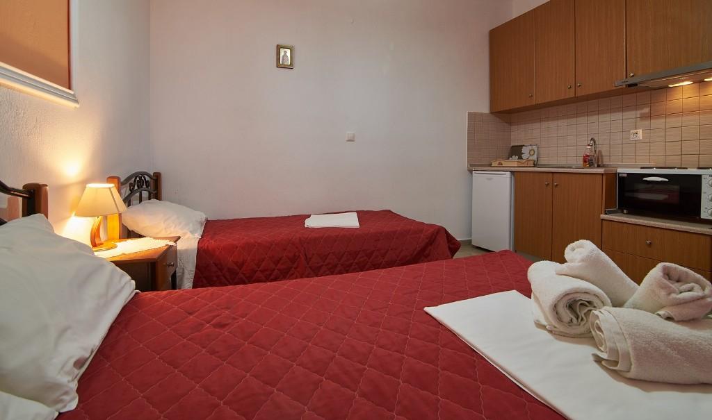 Ta Petrina Studios - Toroni | Sithonia accommodation ...