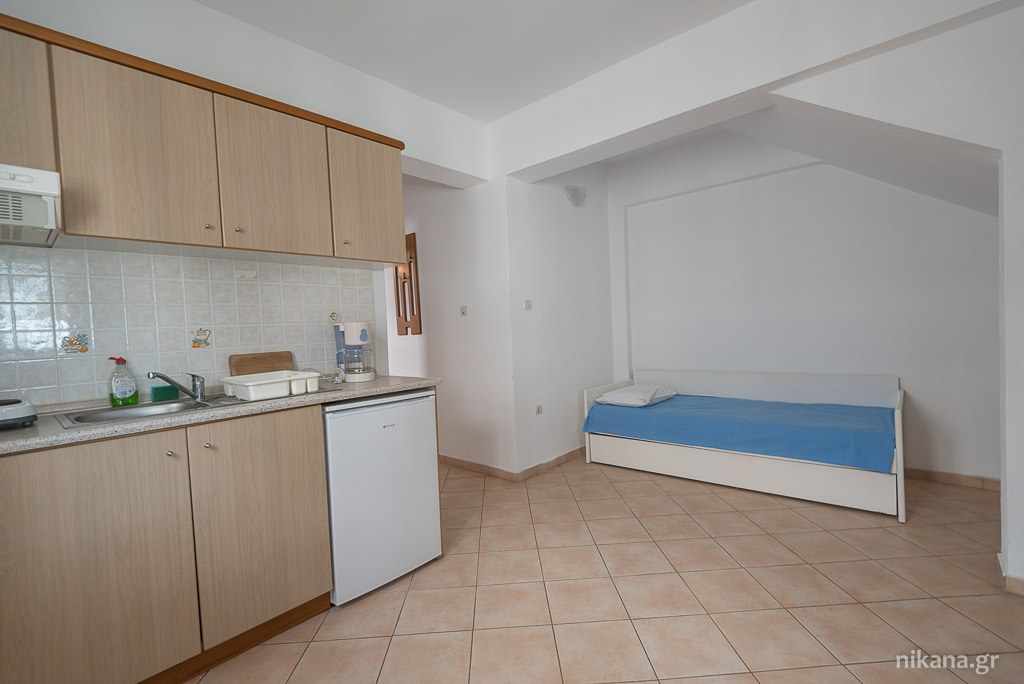 porto almira apartments nikiti sithonia 4 Bed apartment ground floor 9