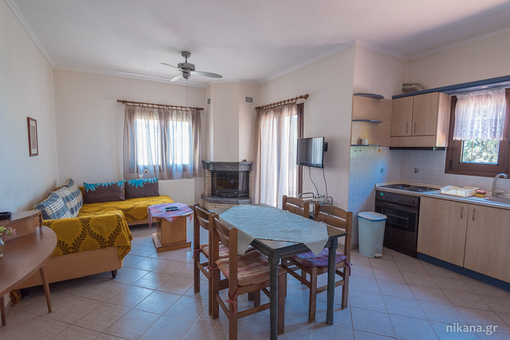 porto almira apartments nikiti sithonia 4+1 bed duplex apartment first floor 6