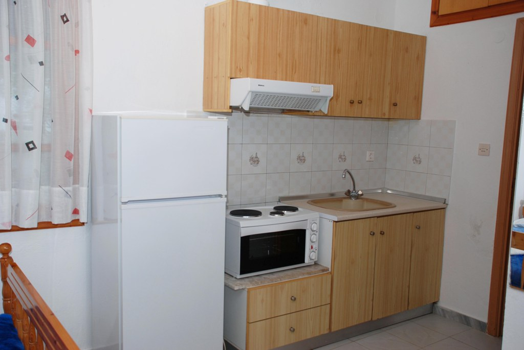 mantzanas apartments akti salonikiou sithonia 3 bed studio 2