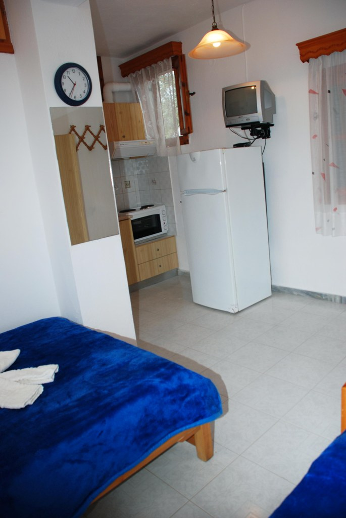 mantzanas apartments akti salonikiou sithonia 4 bed studio 3