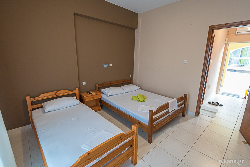toulas studios sarti sithonia 5 bed apartment 6