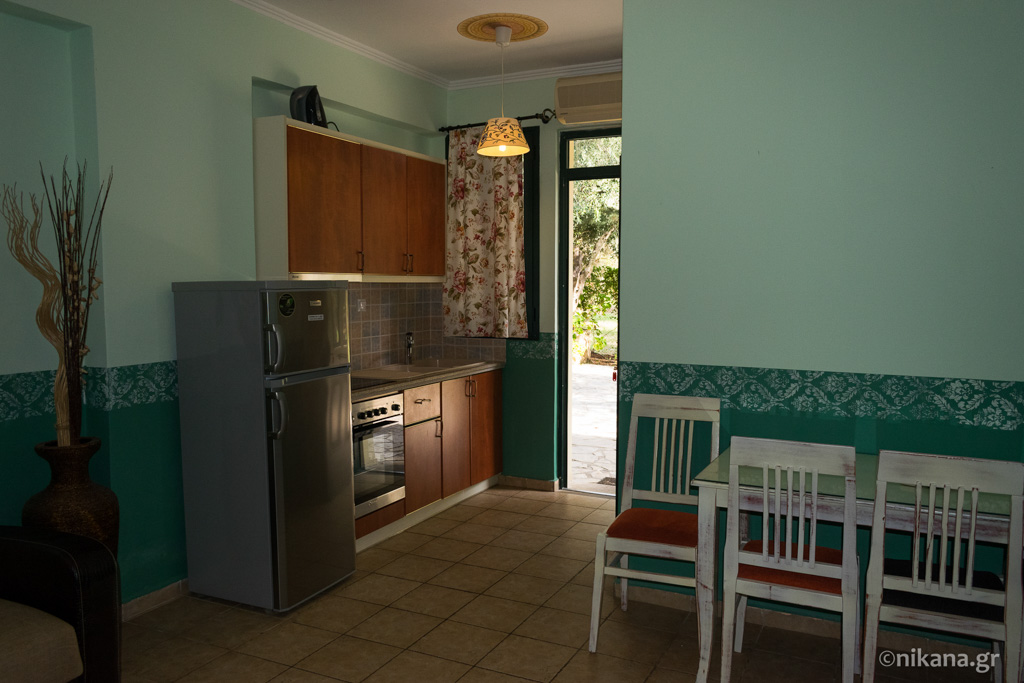 villagio maistro apartments agios ioannis lefkada 4 bed apt ground floor  (4)