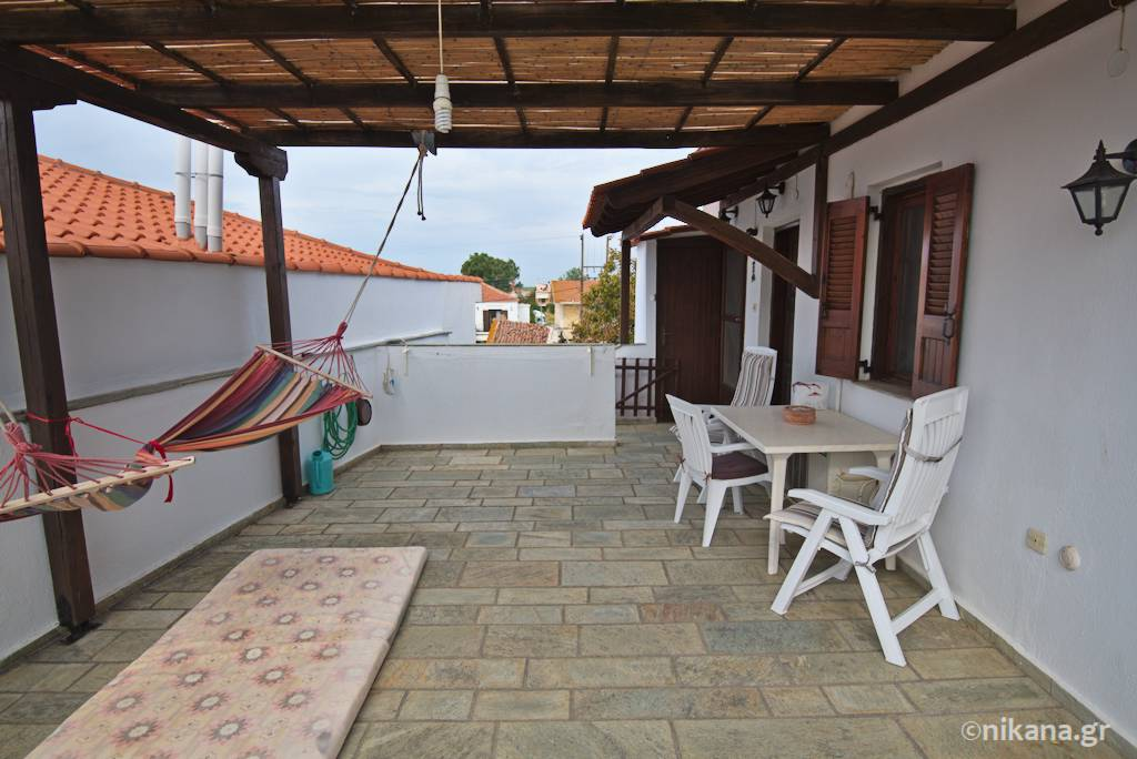 foulas house owner apartment nikiti 0003