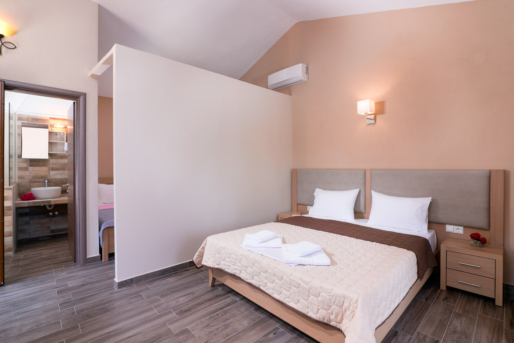 kapsogeorgis rooms kinira thassos 4 bed studio sea view  (3)
