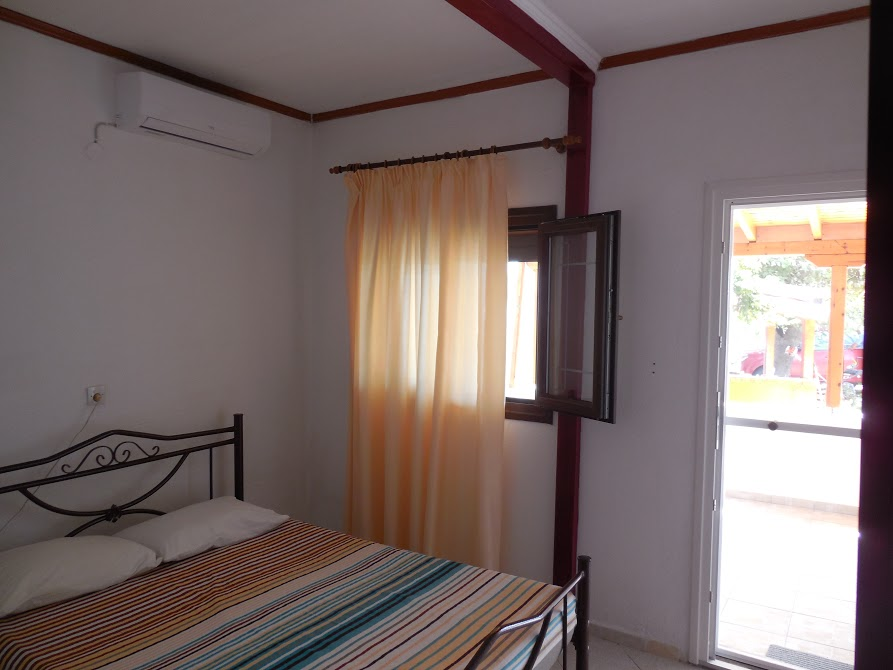 agathas house sykia sithonia 2 bed studio no. 2 (3)