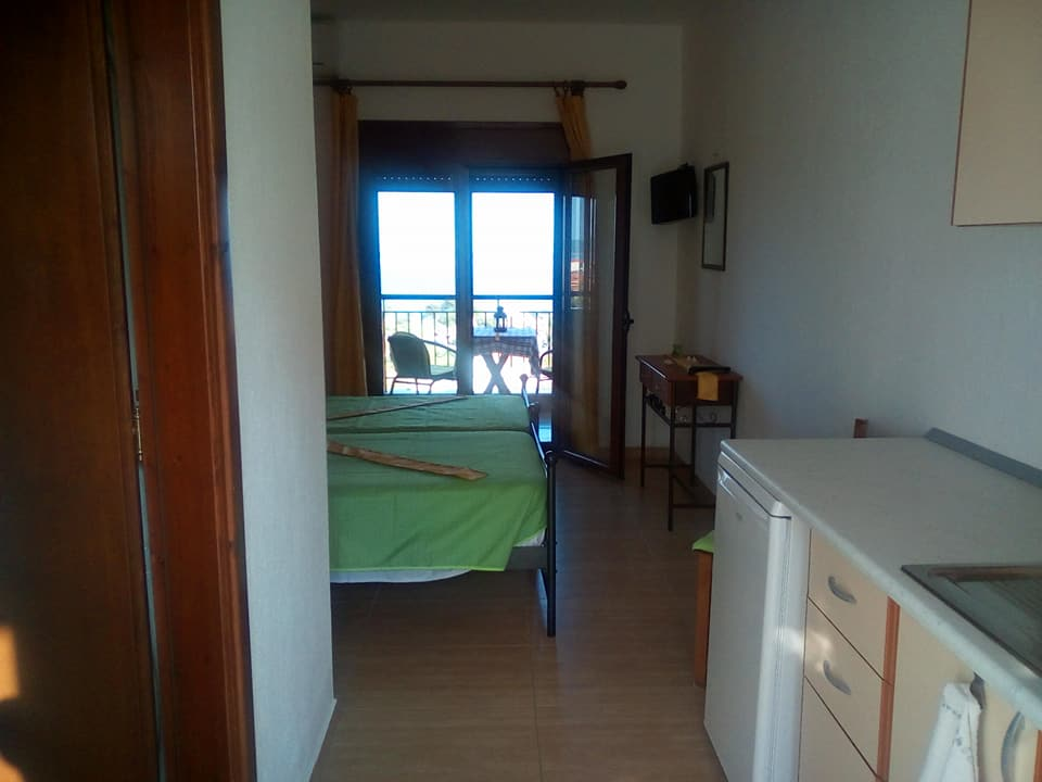 sofis house neos marmaras sithonia 2 bed studio 3