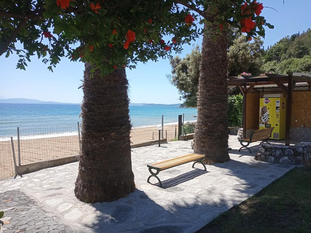 karvounoskala pension stratoni athos 10