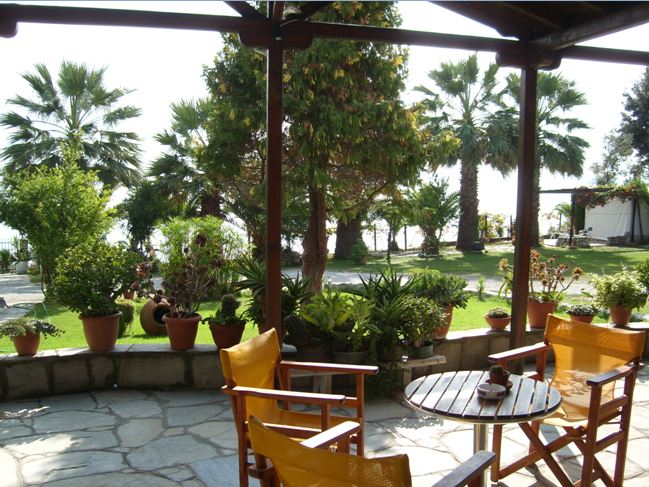 karvounoskala pension stratoni athos 17