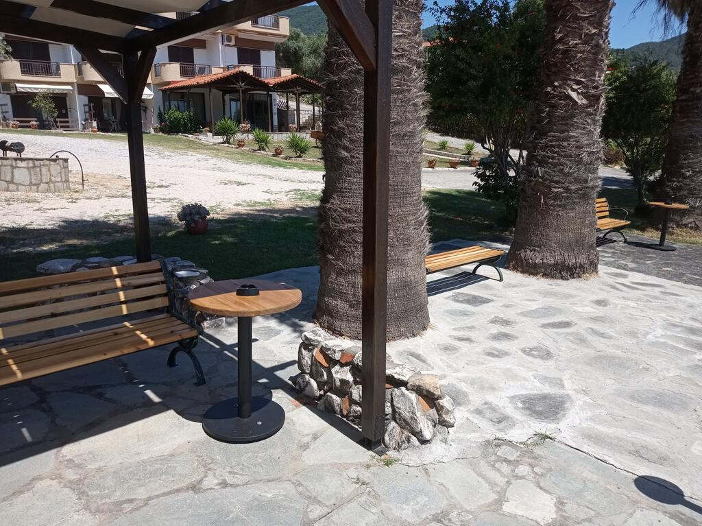 karvounoskala pension stratoni athos 9