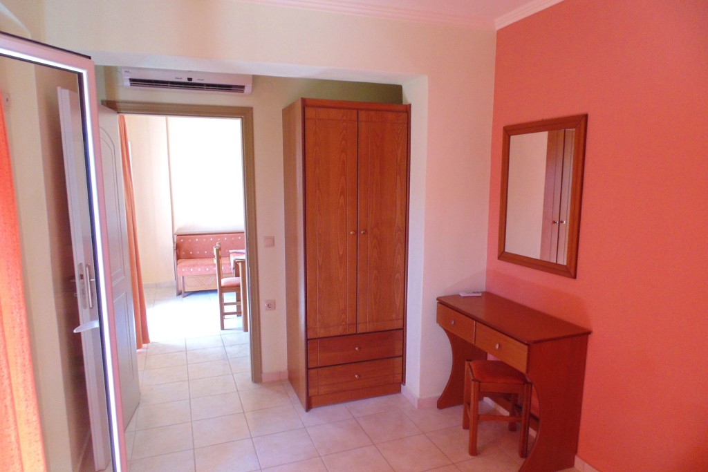 bayside apartments vasiliki lefkada two bed apartment 2