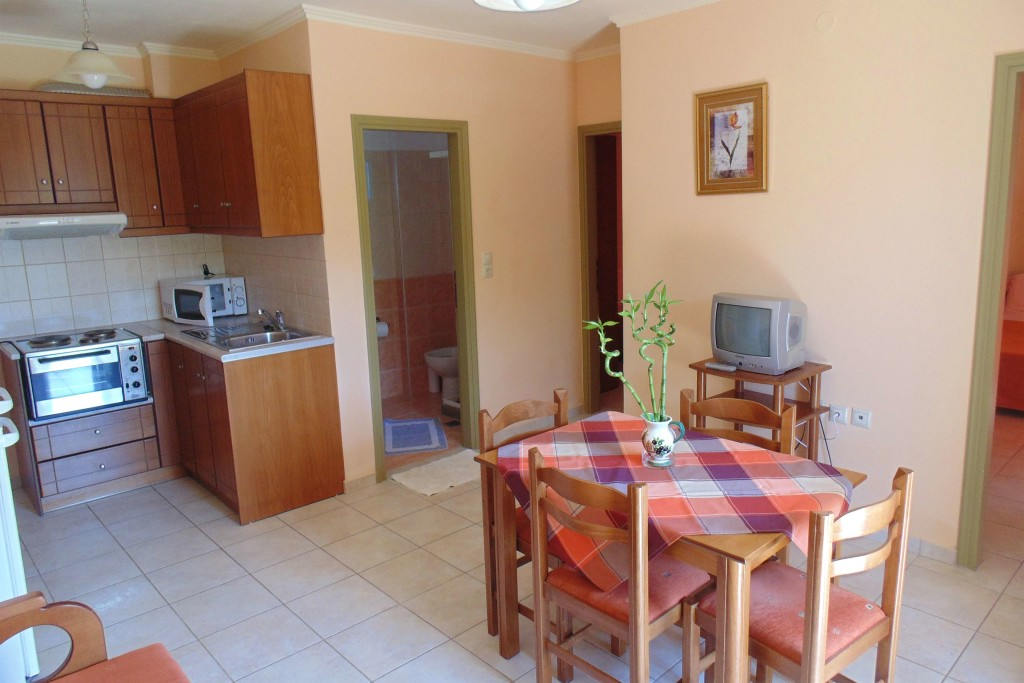 bayside apartments vasiliki lefkada two bed apartment 5