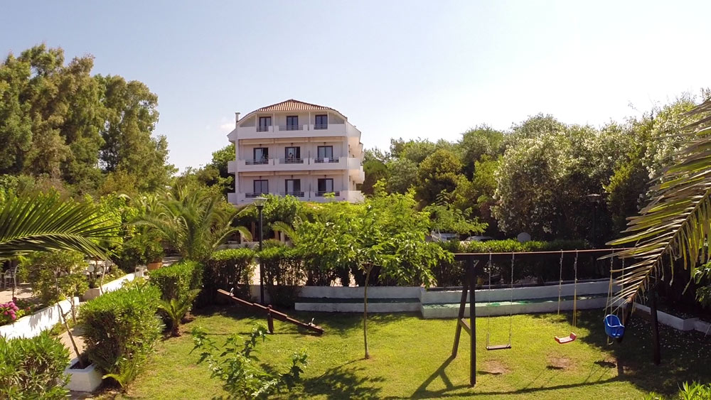 alonaki beach apartments riza epirus 1