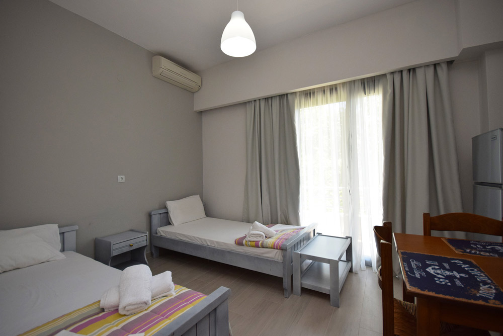 alonaki beach apartments riza epirus 11