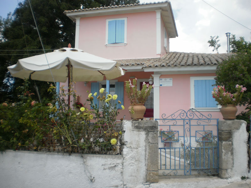 aeolos studios and rooms tsoukalades lefkada (1)