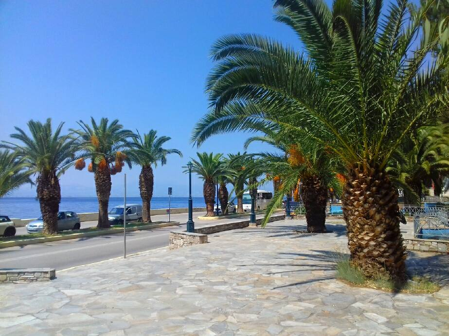 loutraki greece 2