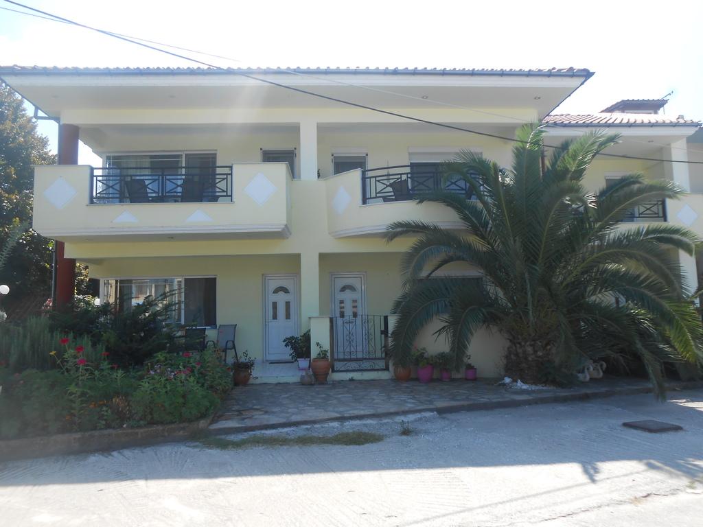 Nefelis Apartments Limenas Thassos Accommodation Nikanagr