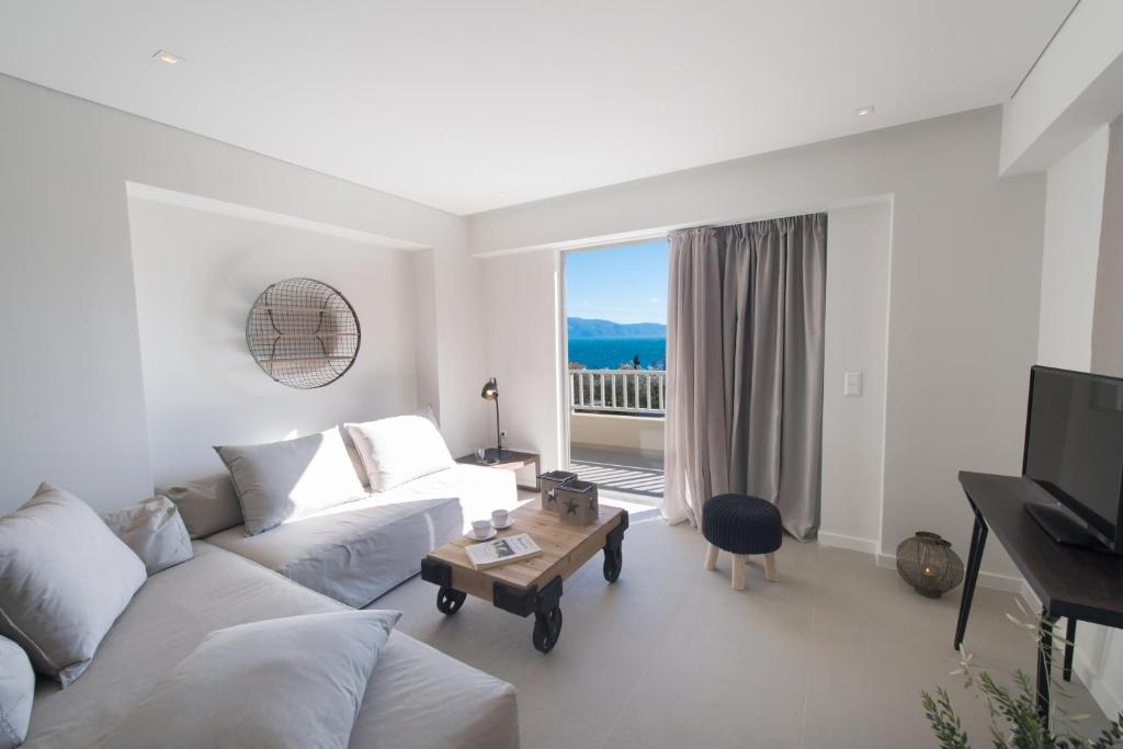 crystal waters suites nikiana lefkada 5 bed penthouse suite sea view 1
