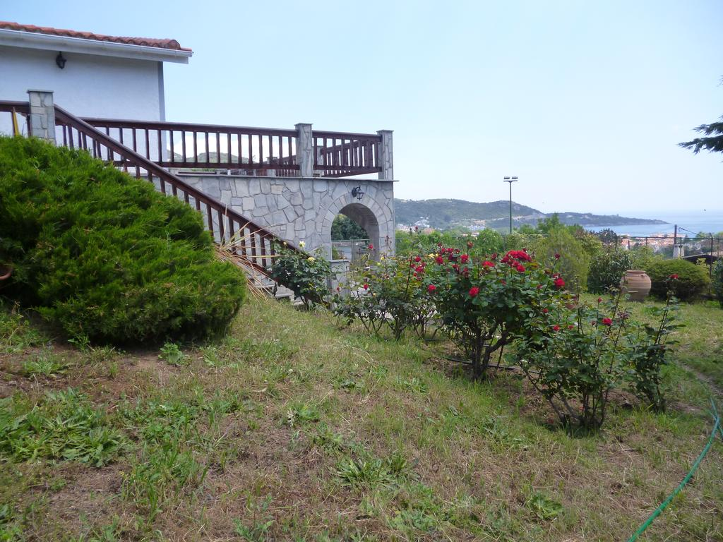 sea rose holiday home nea iraklitsa kavala  (1)