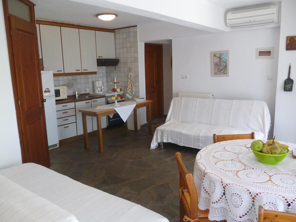 sea rose holiday home nea iraklitsa kavala  (10)