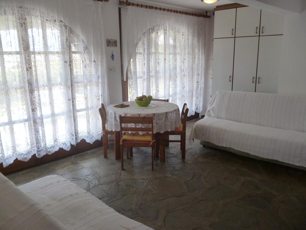 sea rose holiday home nea iraklitsa kavala  (16)