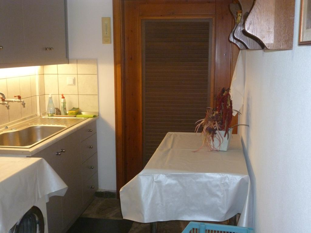 sea rose holiday home nea iraklitsa kavala  (31)