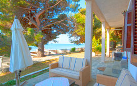 barlee beach front house metamorfosi sithonia 2