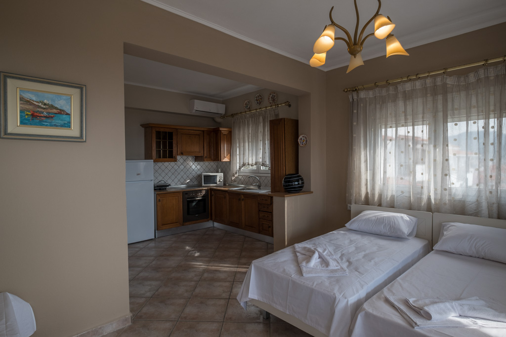 antonis rooms limenaria thassos 3 bed std front  (6)