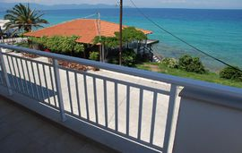marianna apartments nea rodha athos 4 bed apartment 1