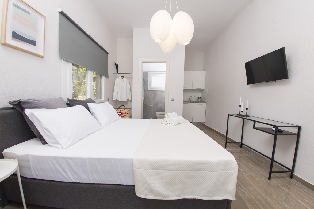 grey apartments palio kavala dafni apt  (7)