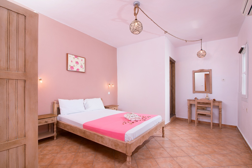 ageri pension potos thassos 2 bed room without balcony 1