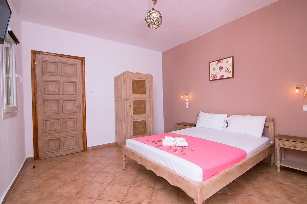 ageri pension potos thassos 2 bed room without balcony 2