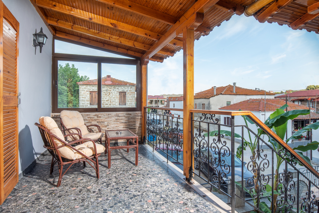 draganis house sykia sithonia apartment upper floor 1