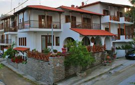 zefyros pension ammouliani athos 1