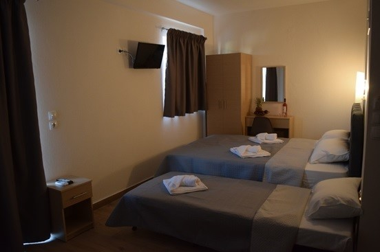littore maris rooms paralia vrasna thessaloniki 4 bed studio second floor second building 6