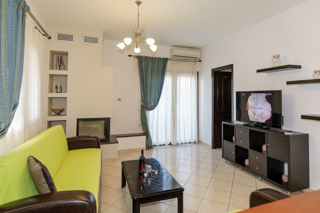 antonys apartments nikiti sithonia apartment antony 1