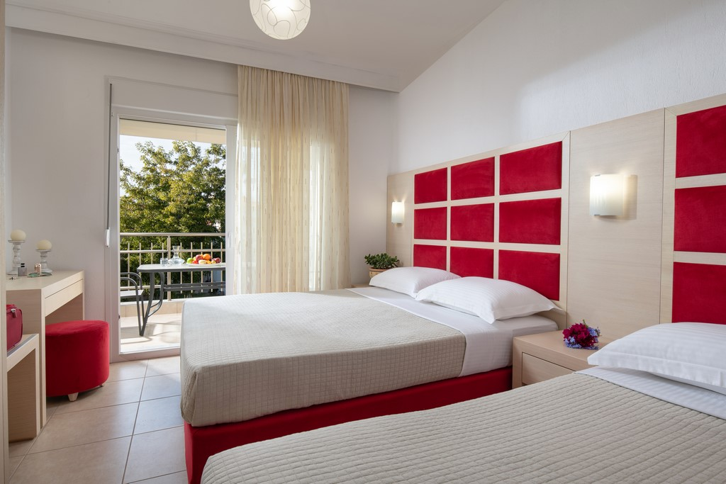 luxury living annio nikiti sithonia 3 bed studio 4