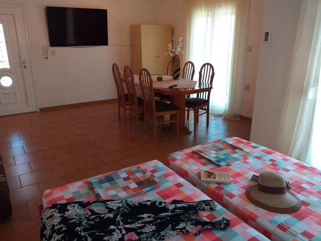 chrisoula house sykia sithonia 5 bed duplex apartment 18