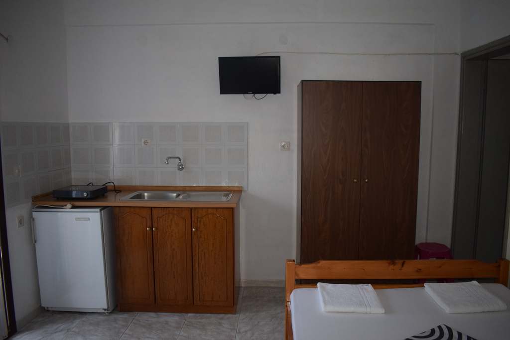 nufaro rooms sykia sithonia 3 bed studio 5