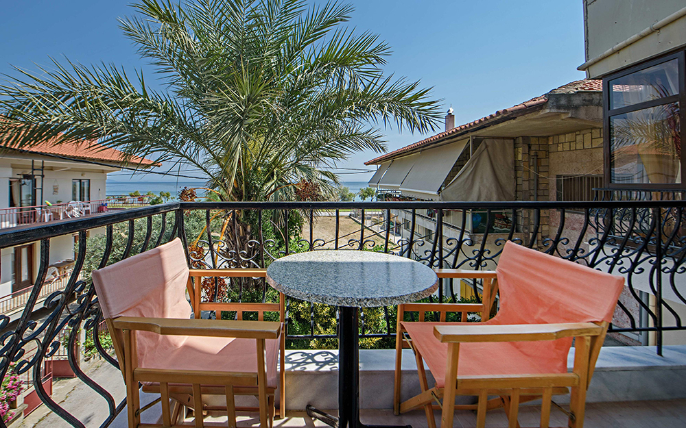 thanos apartments ierissos athos 4 bed apartment 1