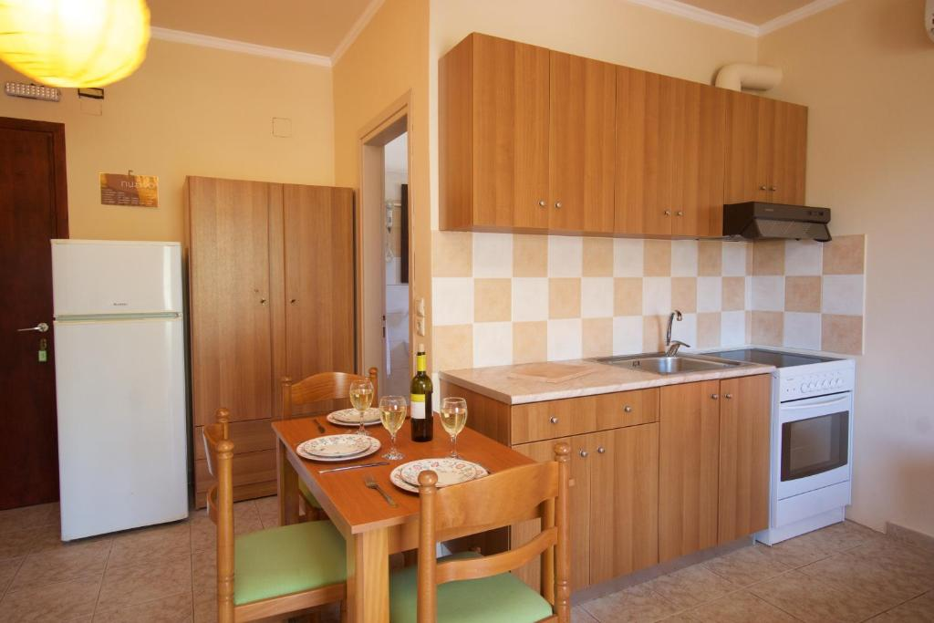minas apartments divarata kefalonia 3 bed studio 12