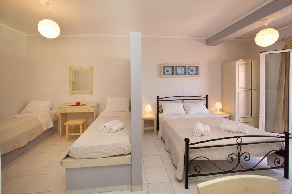 minas apartments divarata kefalonia 4 bed studio 8