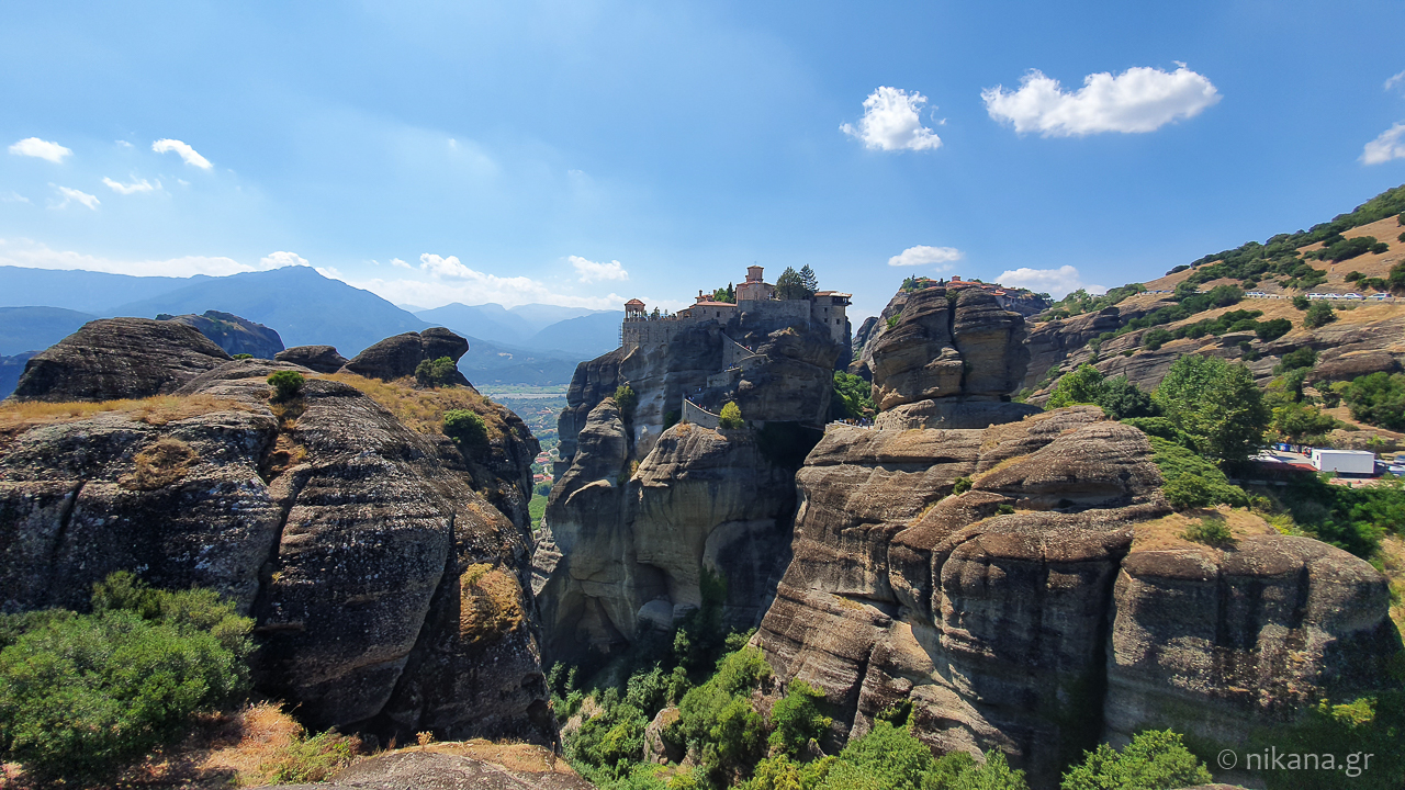 the holy monastery of meteora 22
