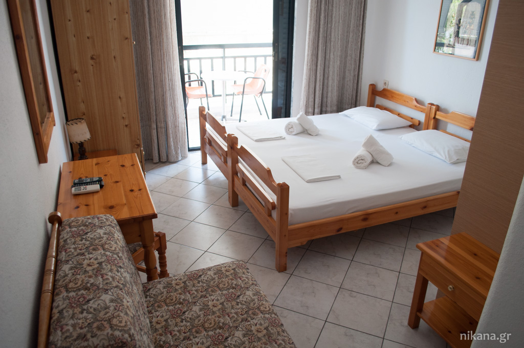 karipidis pension 2 bed studio high ground floor potos thassos 6